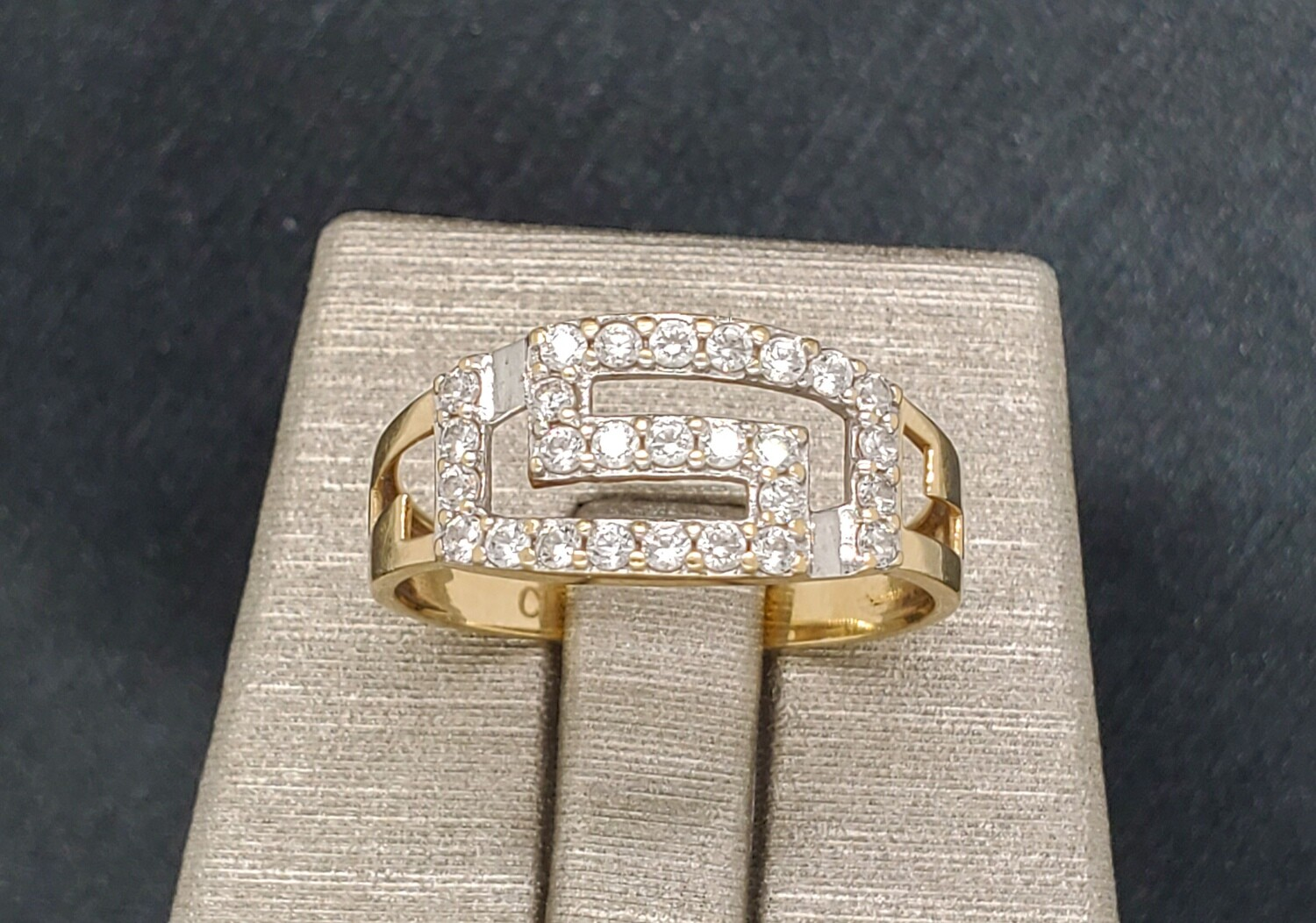 880-2103R02 Greek Diamond Ring Size 7.5 10k YG
