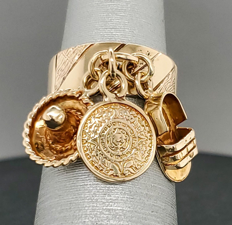 VINTAGE   14k Charm Ring 880-2103R05