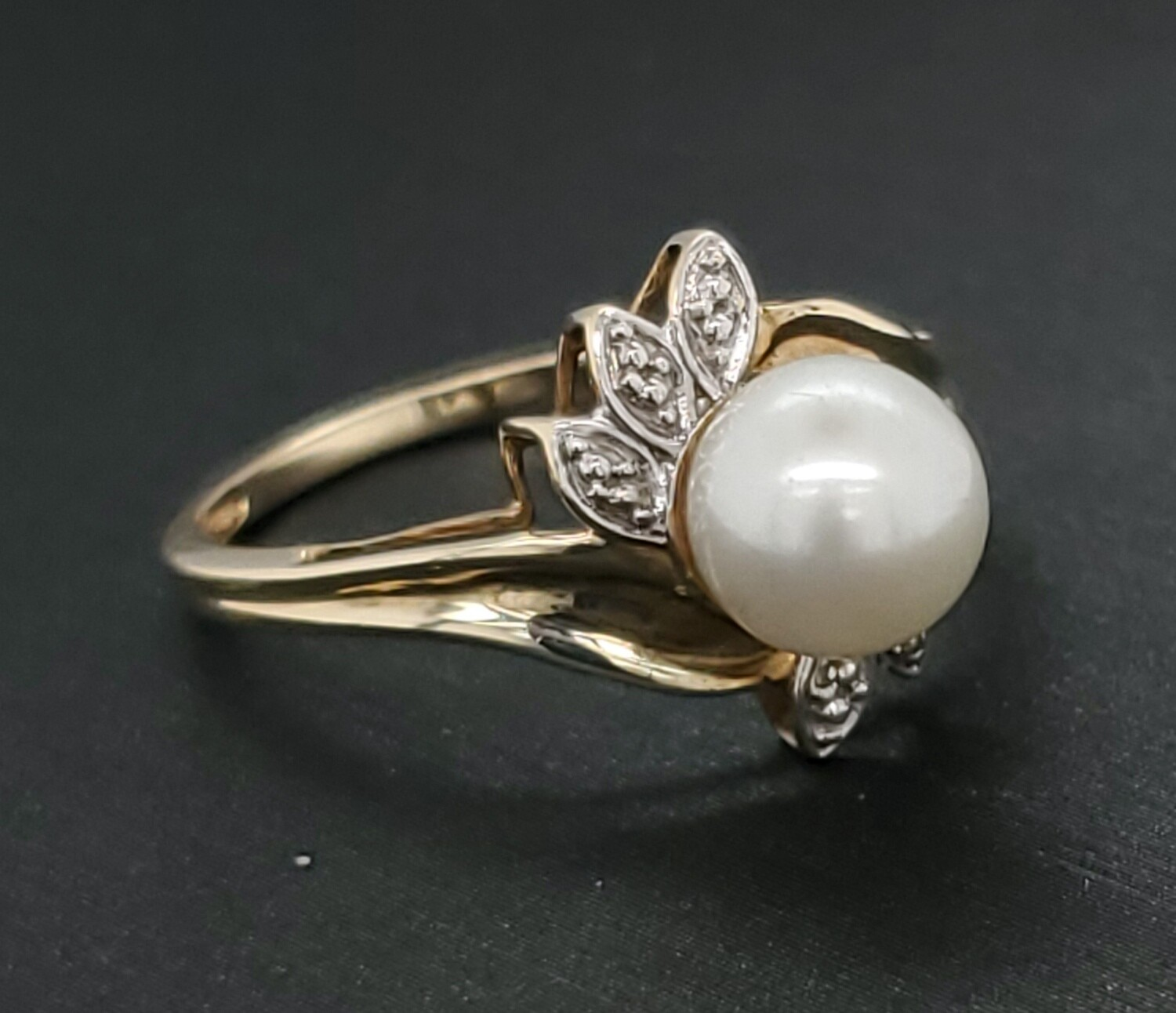 Pearl Ring 10k 880-2103R14	Sz 7	1.37mm Band