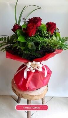 bouquet di 5 rose