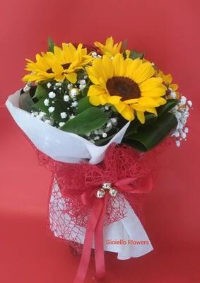 bouquet di Girasoli e gipsofila