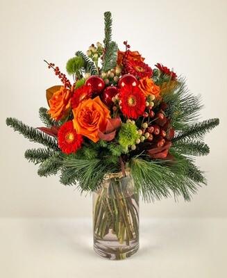 Bouquet con sfere e pino
