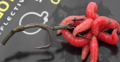 Maggot clip