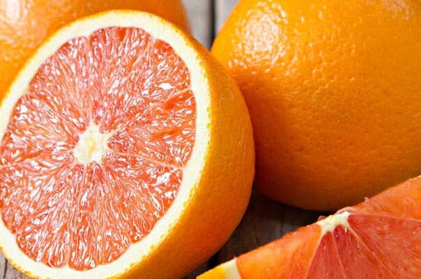 Orange à jus. Maroc- 1 kilo. 5 à 6 oranges
