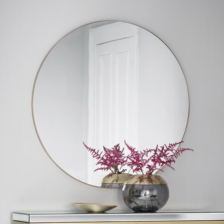 Hayley Mirror