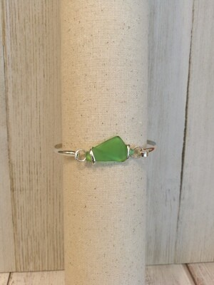 Sea glass bracelet in green
