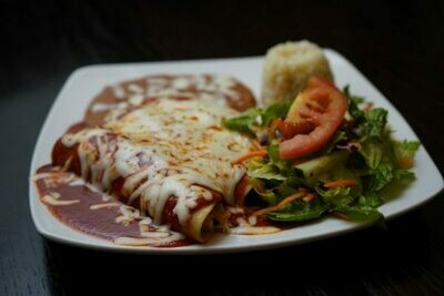 CHEESE ENCHILADAS IN GREEN OR RED SAUCE