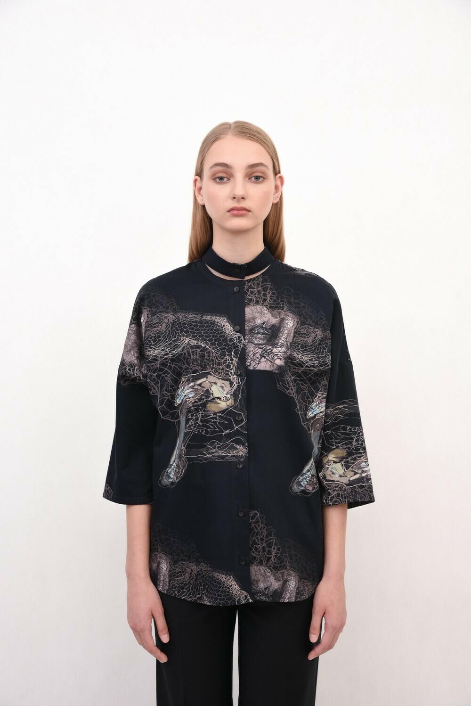 Чорна сорочка oversize з відрізним коміром