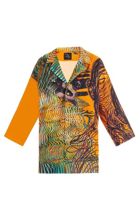 Bright oversize shirt