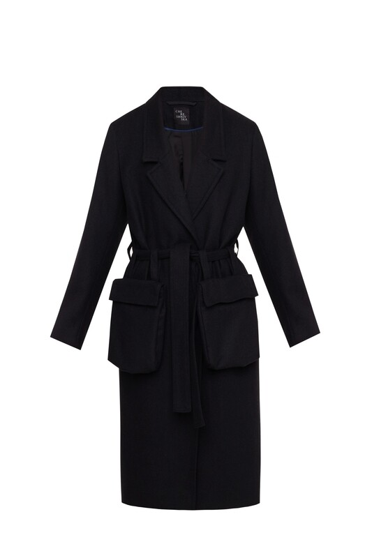 Wool coat with pockets