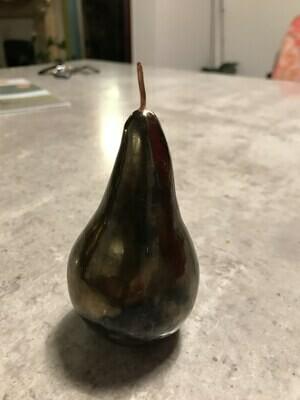 Ceramic pear with gold glaze