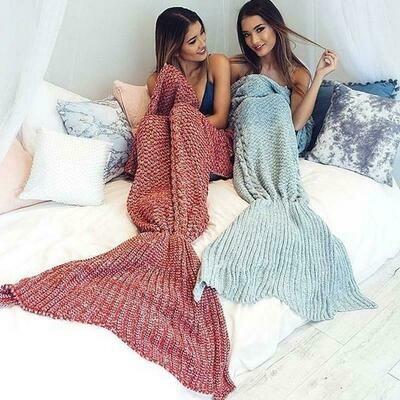 Siren's Dreamy & Cozy Crochet Knit Mermaid Tail Blanket