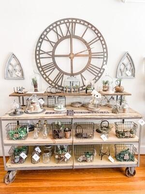 Clock (L)