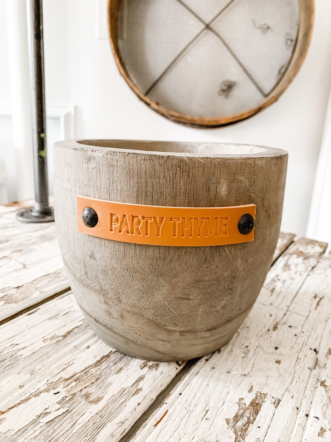 Party Thyme Planter Grey