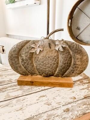 Weathered Tin Fairy Tale Pumpkin L