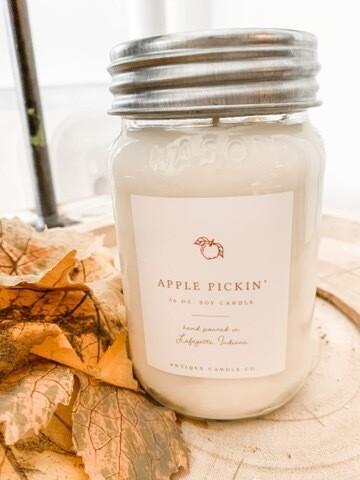Antique Candle Co Apple Pickin