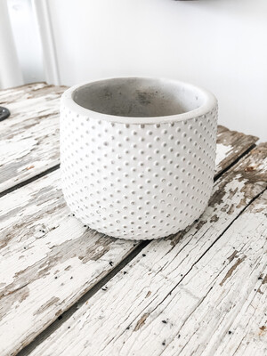 Cold Cast Dot Pot L