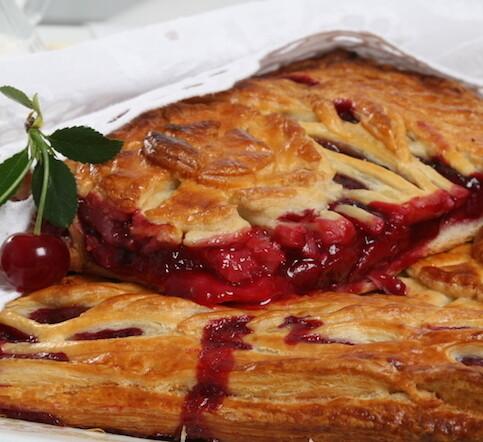 Пирог с вишней 1 кг (предзаказ)