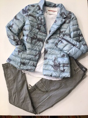 Spring Camo Puffy Blazer