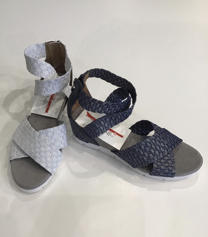 Woven elastic zip back sandal