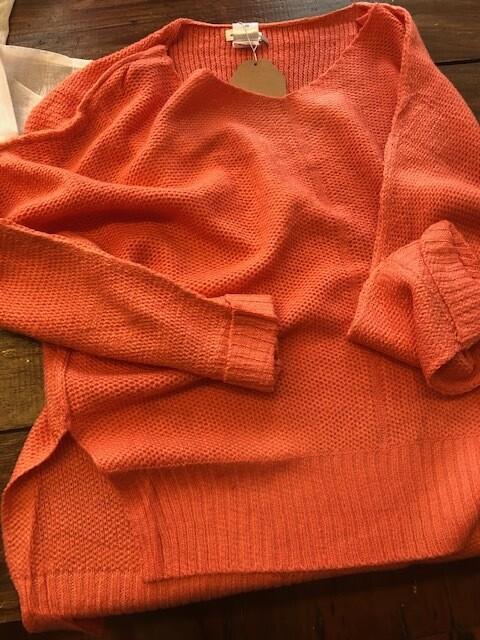 V Neck Hi/Low Sweater