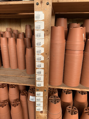 Vasi in Plastica Economici color terracotta