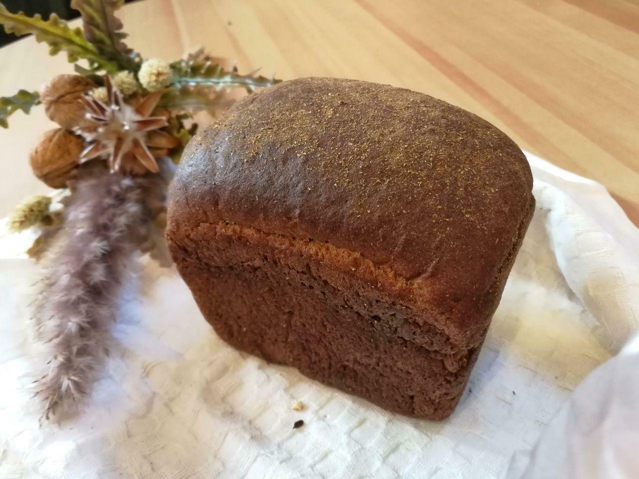 Хлеб ржаной с мёдом
