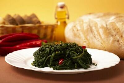 Cicoria ripassata aglio, olio e peperoncino