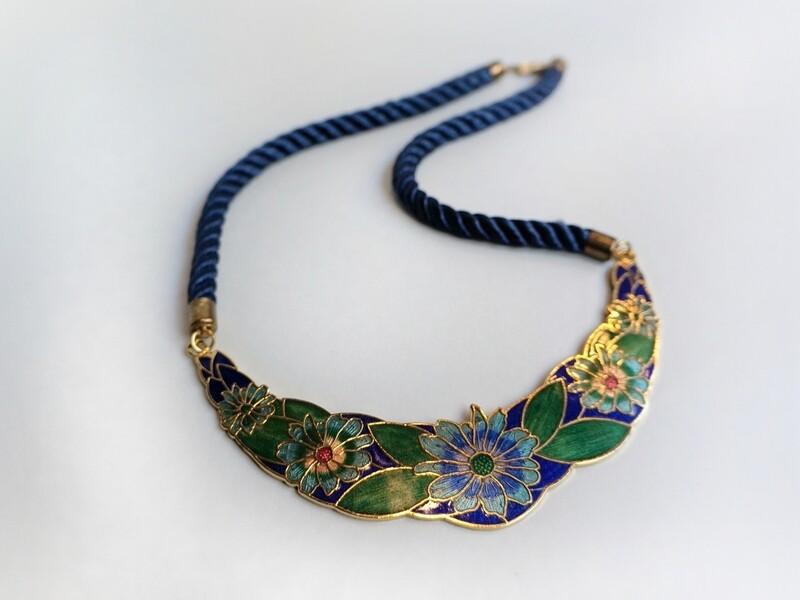 Collar Vintage Art Nouveau
