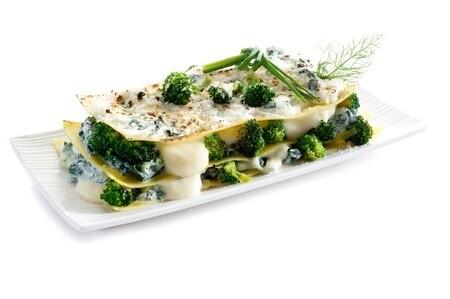 Brokkoli-Lasagne mit Rosmarintomaten