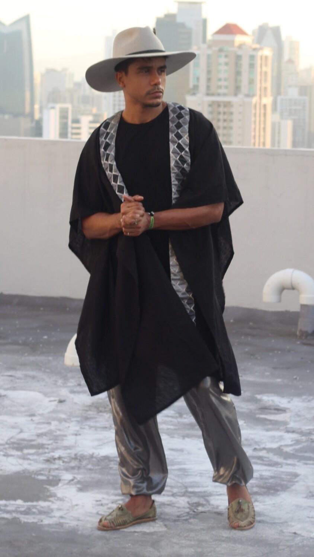The Pharaon Linen Kimono
