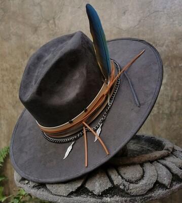 The Guacamayo Hat