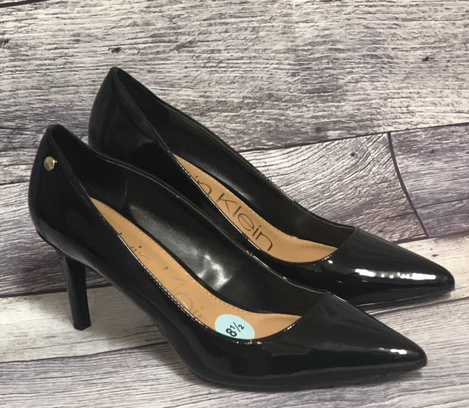 """CALVIN KLEIN """"Nilly"""" Black Patent Leather Pumps 8 1/2"""