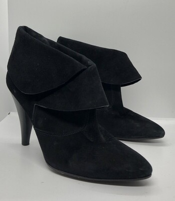 VIA SPIGA Black Suede Scalloped Cuff Booties size 9 1/2