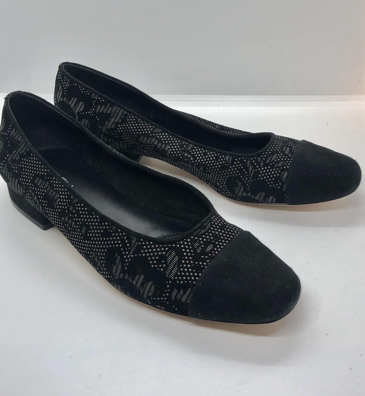 VAN ELI Black Eyelet Floral Suede Loafers size 8