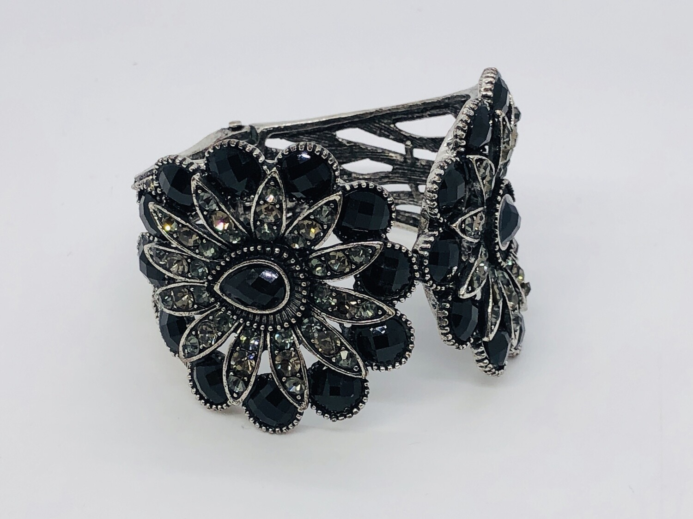 Aged Silver & Black Stone Statement Bracelet