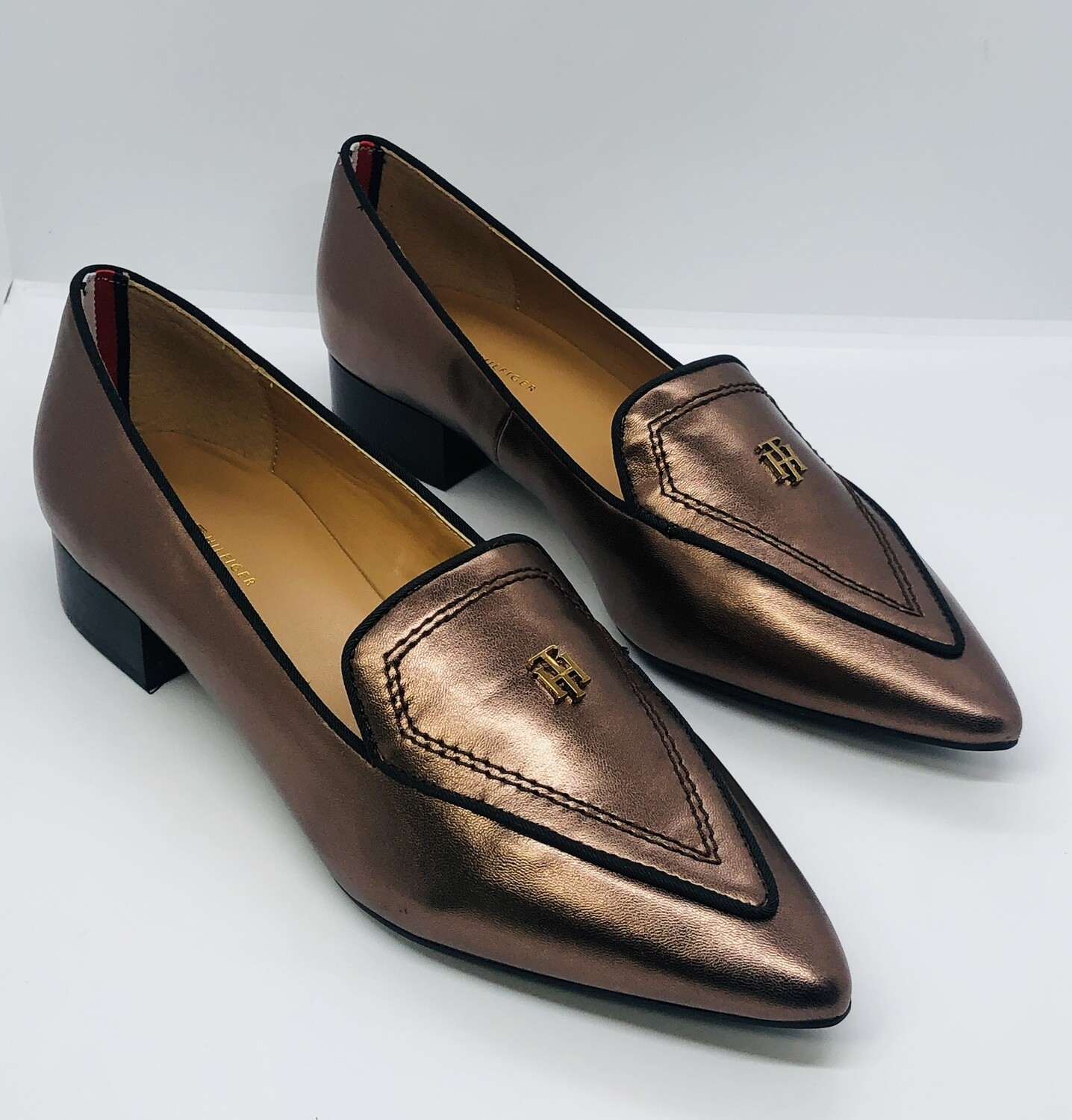 """New TOMMY HILFIGER """"Harvard 2"""" Bronze Pointed Toe Loafers size 9"""