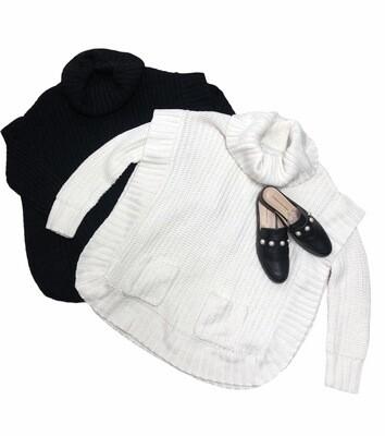 NEW DIRECTIONS Black Ribbed Oversized Turtleneck Sweater size Medium