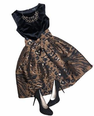 New TAHARI Black Velvet & Leopard Print Sleeveless Flair Dress size 6