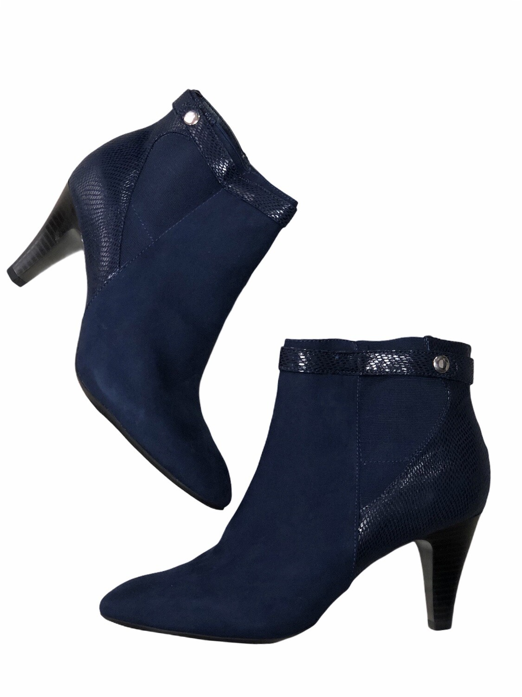 "KAREN SCOTT Navy Blue ""Marranvy"" Ankle Boots size 10"