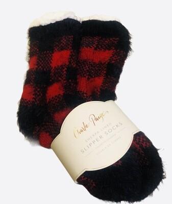 New CHARLIE PAIGE Sherpa Lined Buffalo Plaid Slipper Socks