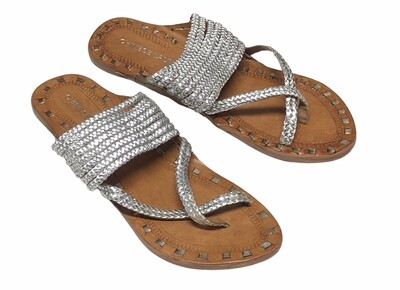"""New CHINESE LAUNDRY """"Rock Steady"""" Silver Leather Sandals 9 1/2"""