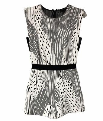 TWENTY Black & White Abstract Knit Romper size XS