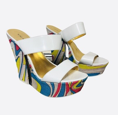 NINE WEST Psychedelic Patent Platform Wedge Shoes sz 10