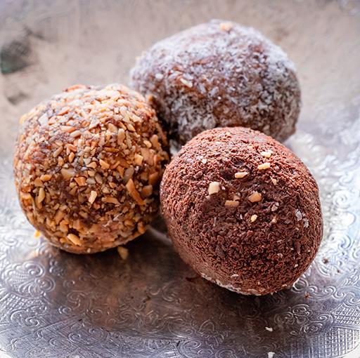 Gluten Free Date Chocolate Balls (3s)