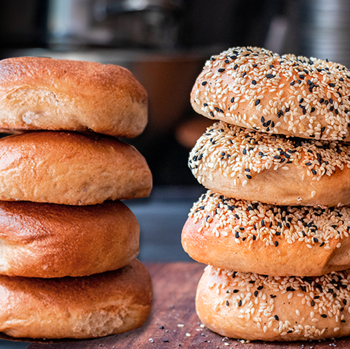 8 Mini Bagels -  4 Sesame Seeds 4 Plain