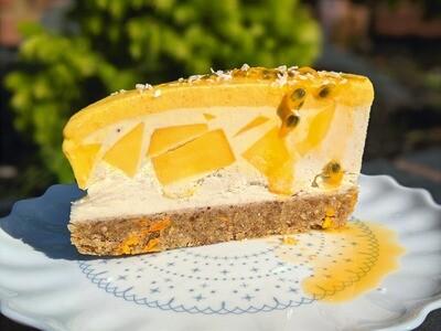 Raw Creamy Mango & Coconut 'Solero' Cake