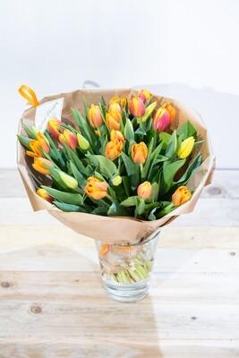 Brassée de tulipes orangées
