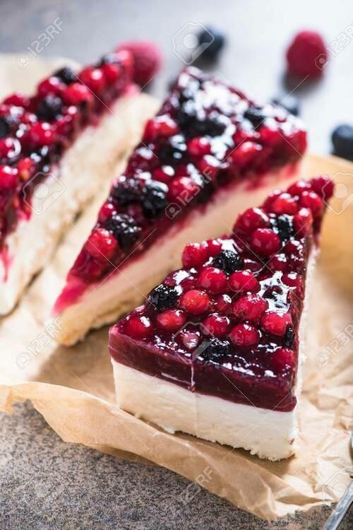 Slice Forest Fruit Cake 120gr