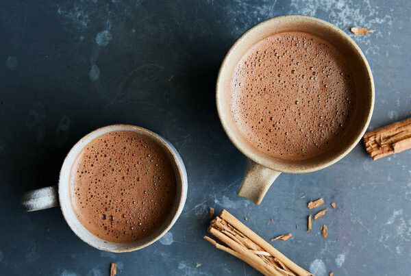 Hot Chocolate (12oz) - Curbside